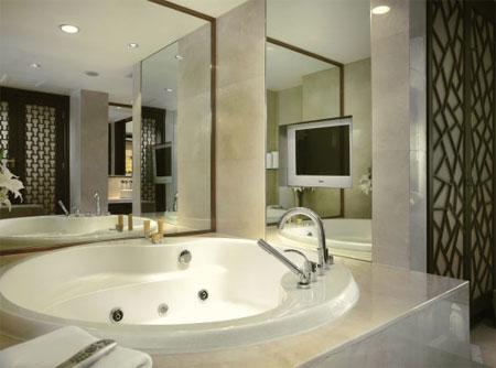 astro-bathroom-light1