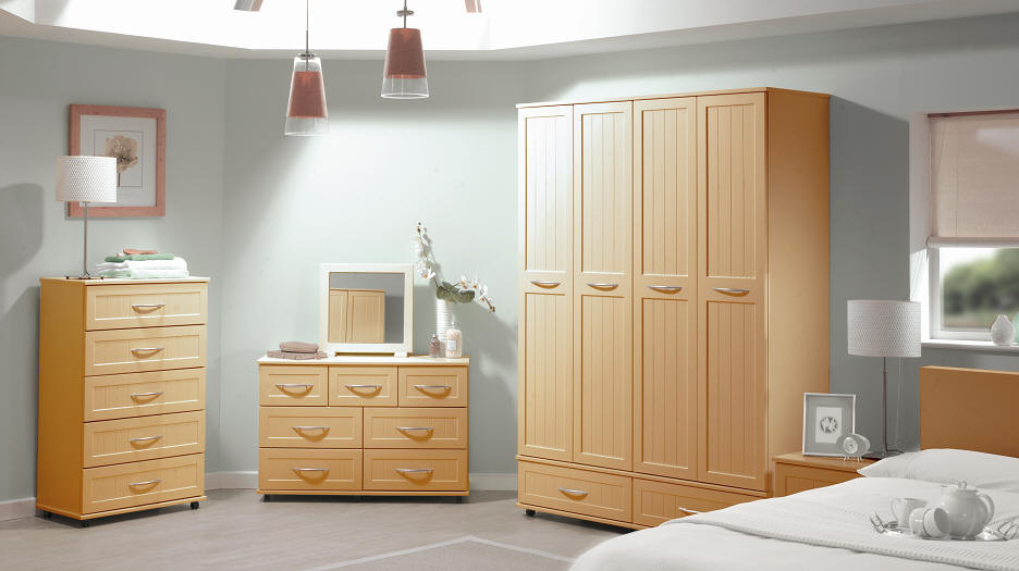 contemporary-furniture-vogue-beech-bedroom-furniture-set