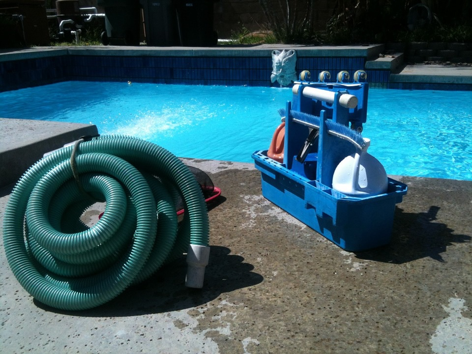 Easy swimming pool maintenance is possible